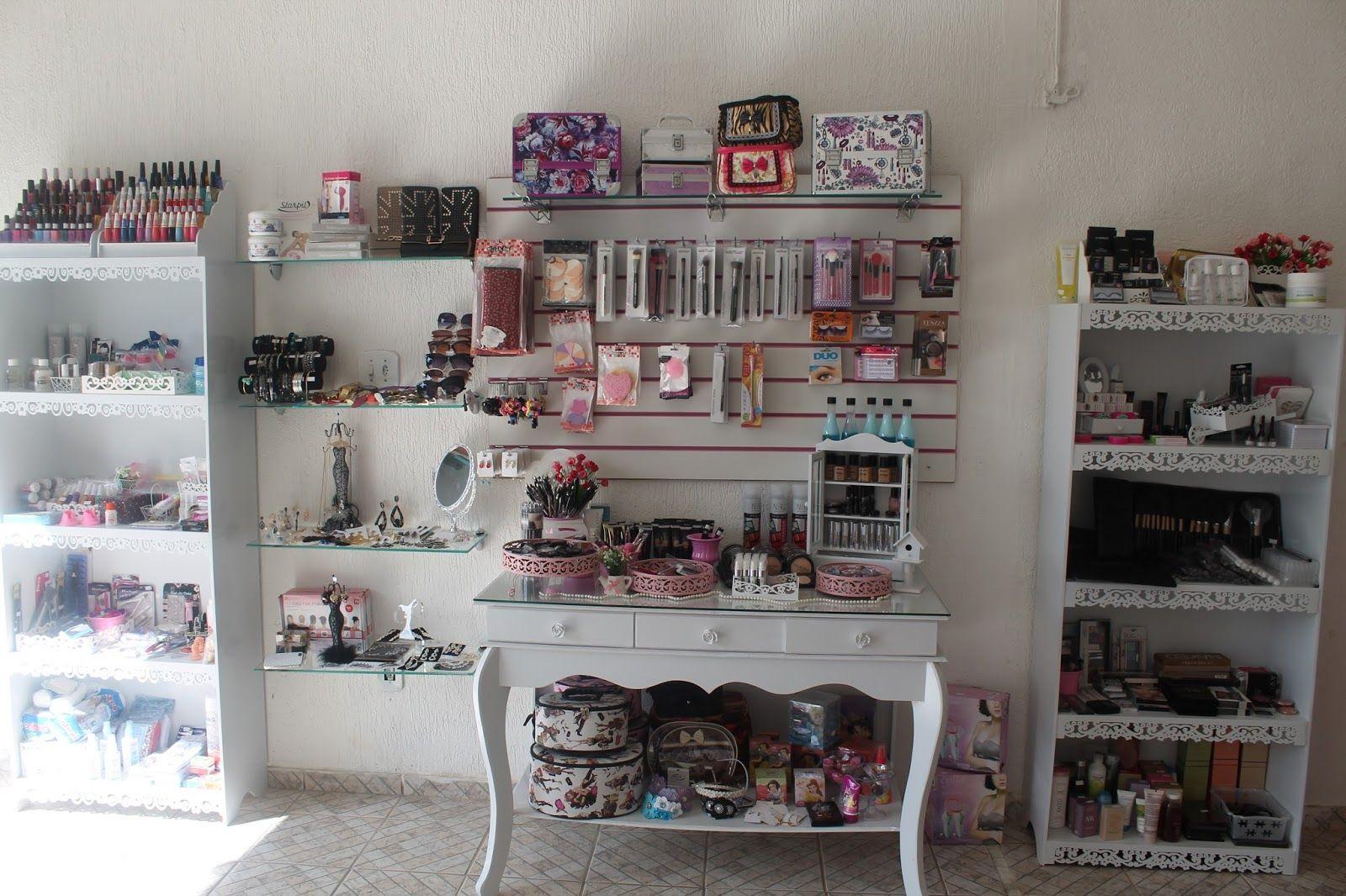Resultado de imagem para decoraç u00e3o de lojas de maquiagem Loja De Maquiagem em 2019 Loja de  -> Decoração De Loja Pequena De Cosmeticos