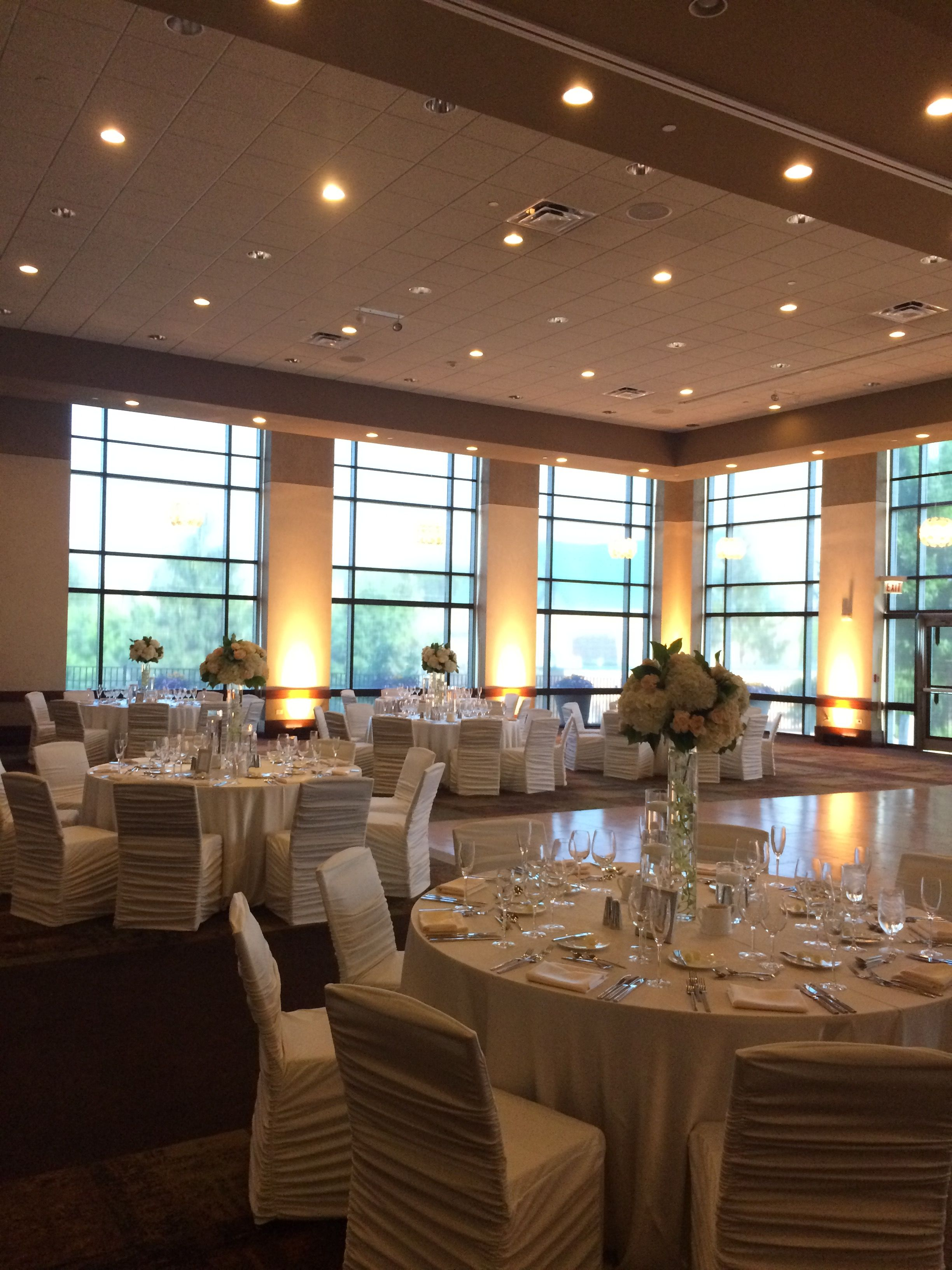 Celebrate Your Chicagoland Wedding At The Westin Lombard Yorktown Center