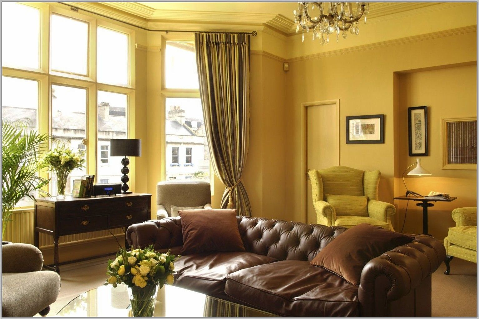 Best Curtain Color For Yellow Walls Brown Couch Living Room