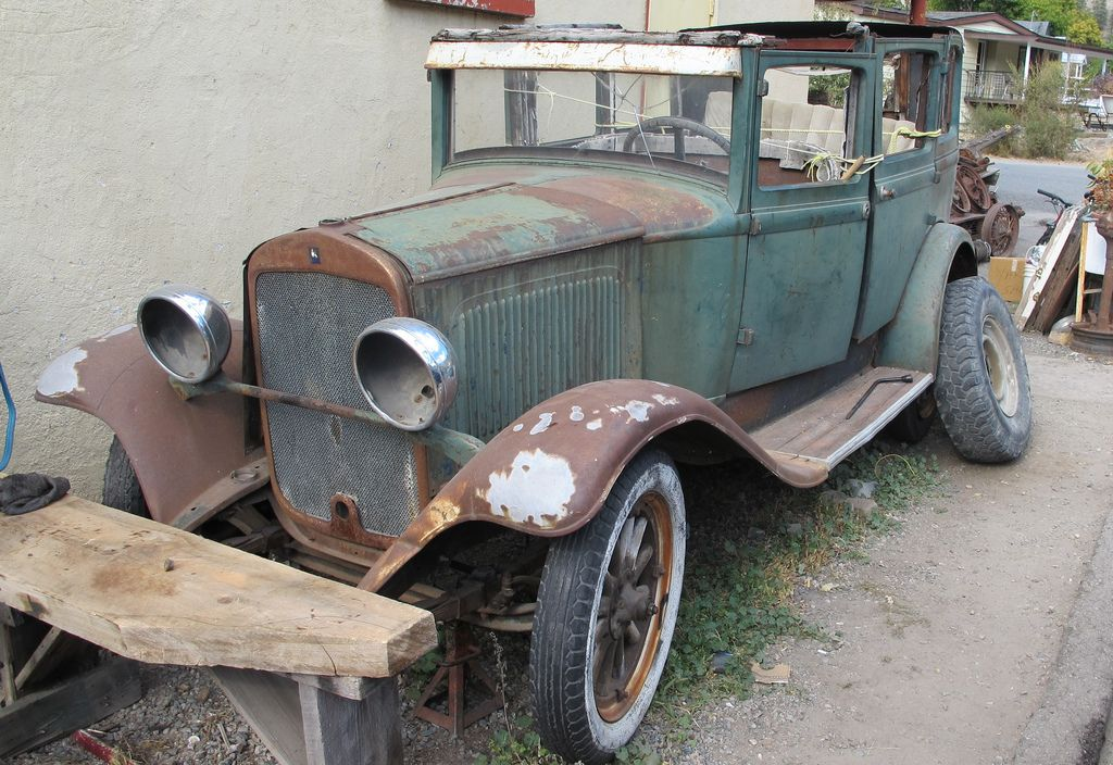 1929 Plymouth 4 Door Sedan Abandoned Cars Vintage Cars Antique Cars