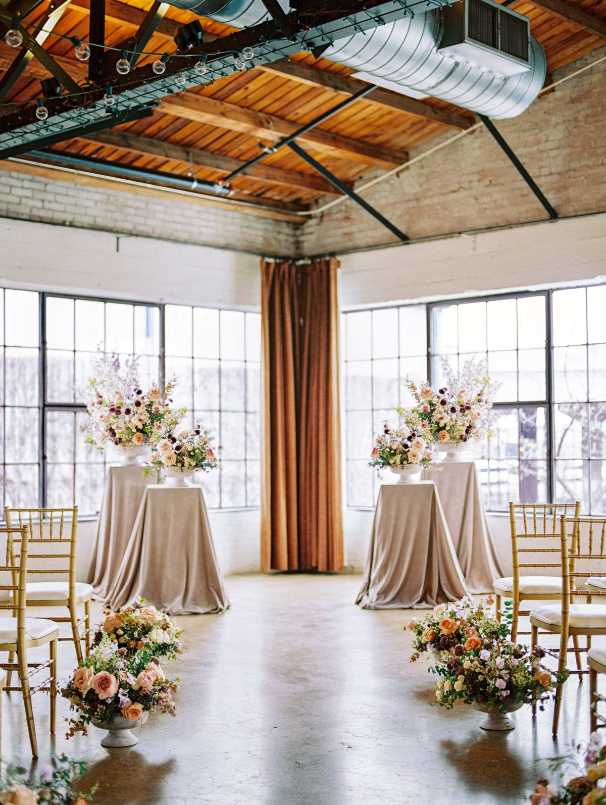 When Their Last Name Is Flowers You Better Believe They Were Gorgeous Dallas Wedding Wedding Photography Dallas Dfw Wedding Venues