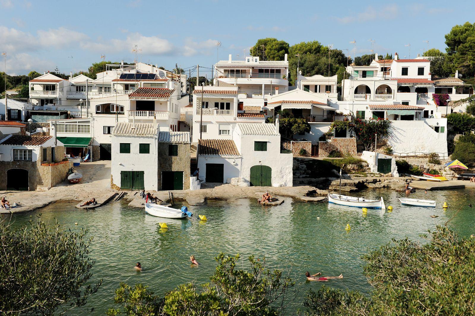 Cala Alcalfar  www.exploras.net #välimeri #kellua #kesä #uimaan