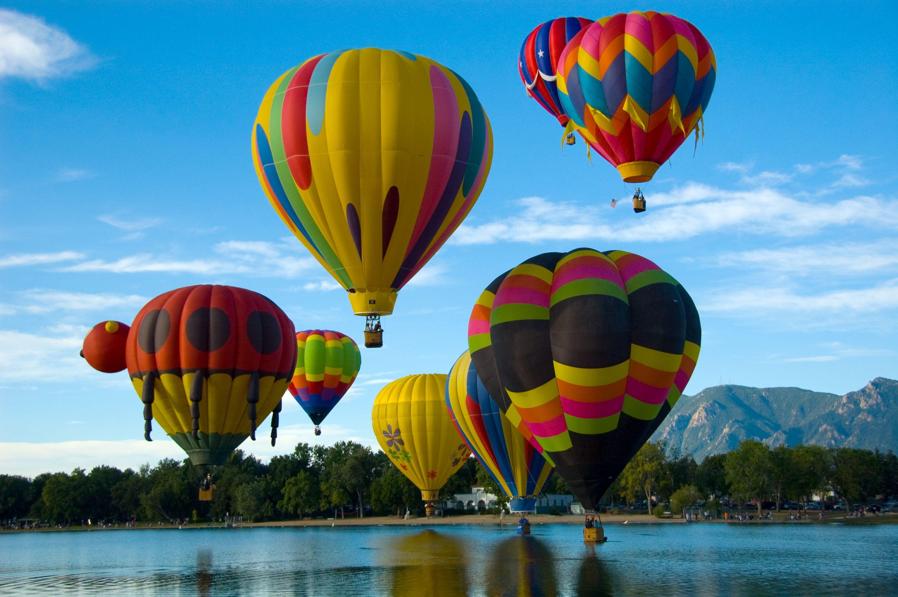 Hot air balloons Colorado Springs Labor Day weekend