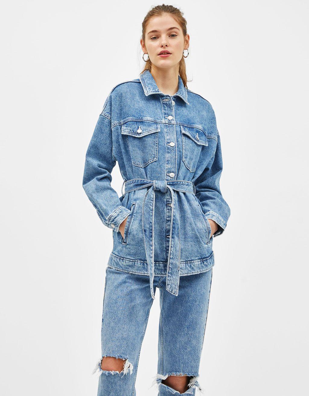 c6724fe78e42c Kurtka jeansowa z paskiem w 2019 | 50 kurtek jeansowych ...