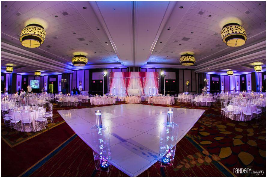 Chandni And Krunal San Diego Marriott La Jolla Indian Wedding Reception Photography Southern California Wedding Venues Indian Wedding Venue