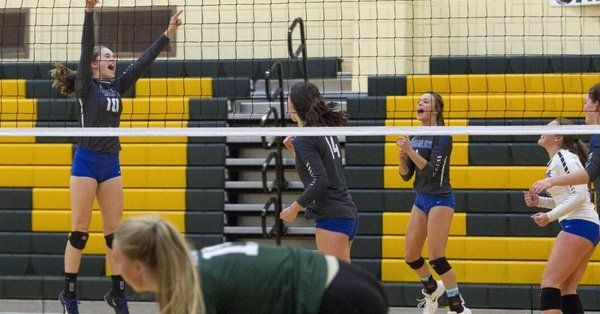 Timberline Volleyball Wins The Hard Way In 5a Skyview Cruises To 4a Championship Volleyball Cruise The Hard Way