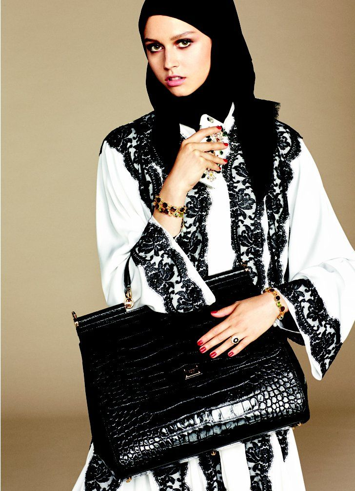 dolce gabbana lance sa premi re collection de hijabs. Black Bedroom Furniture Sets. Home Design Ideas