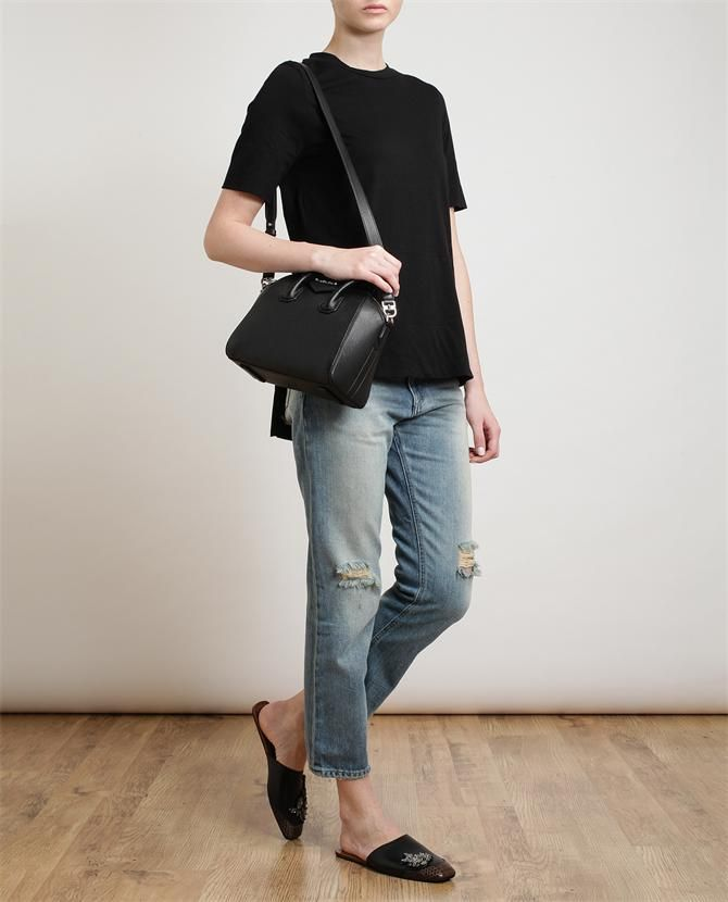 ce893714fbb8 GIVENCHY - Mini Antigona Shoulder Bag