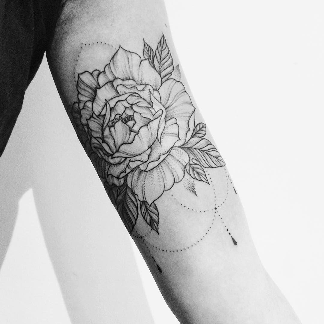 Tattoo Artist Amsterdam Eva Van Overbeeke