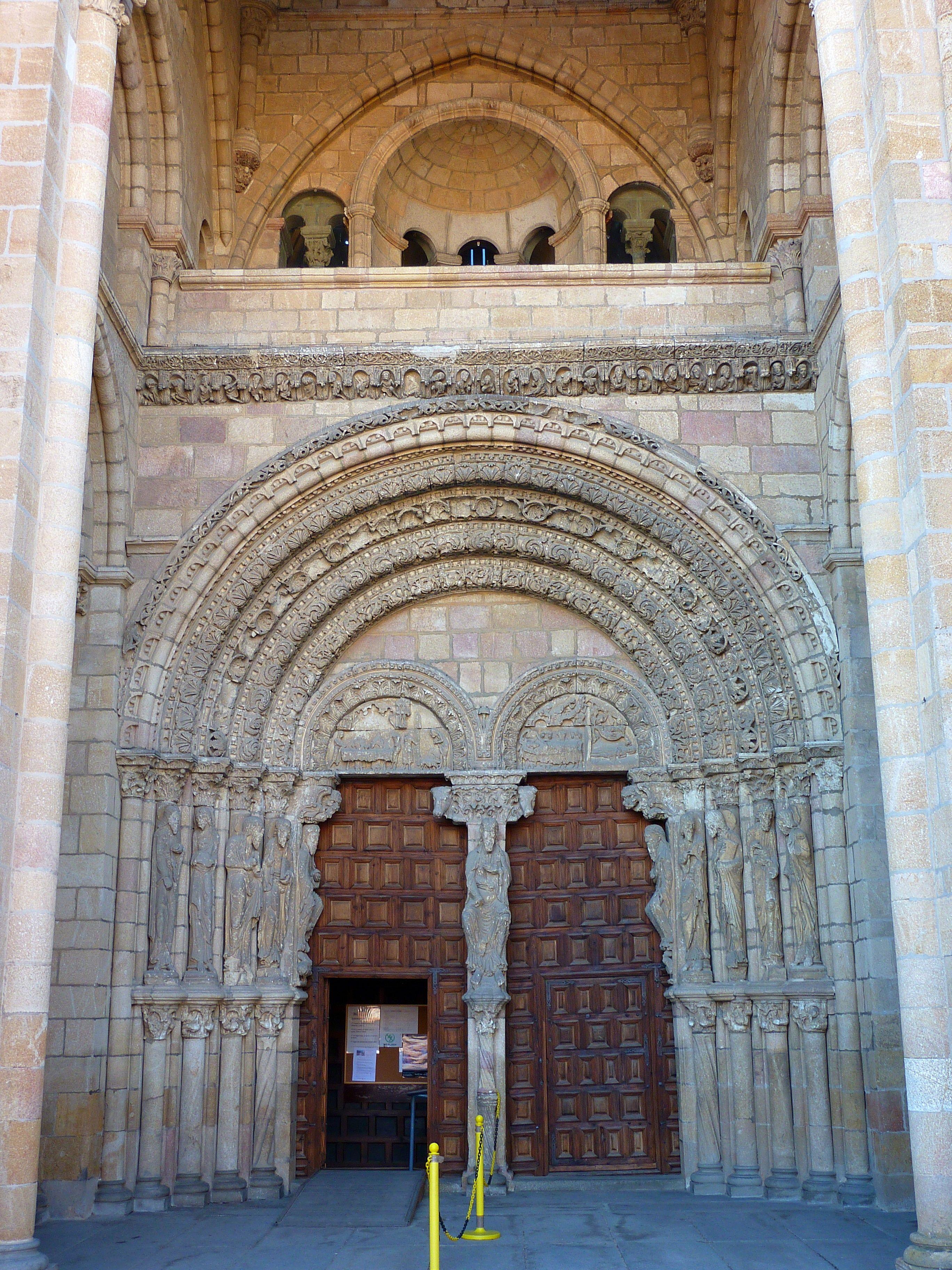 San Vicente De ávila O Basílica De Los Santos Hermanos Mártires Pórtico Occidental Gothic Church Cathedral San Vicente