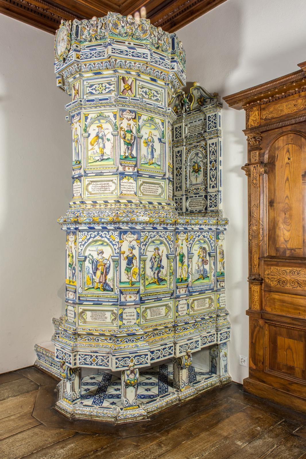 Winterthurer Kachelofen mit Ofensitz – Online Collection | stove ...