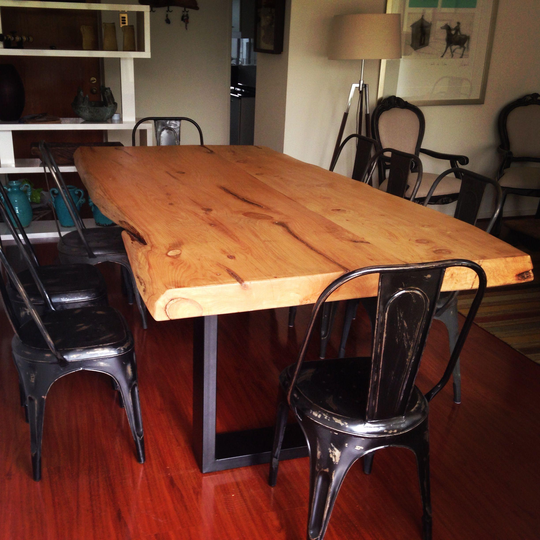 mesa comedor con cubierta de madera de cipres