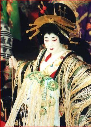Bando Tamasaburo V, the great onnagata