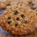 Low Fat Oatmeal- Chocolate Chip Cookies | RecipeGirl.com