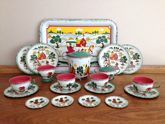 Ohio Art Tin Tea Set Country Charm Apple by vintage19something, $95.00  I do so want this set! Reminds me of home...I have 3 cups and saucers