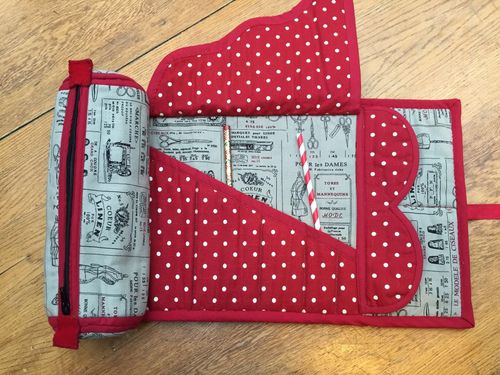 Housewife Sewing Case Pattern   Sewing case, Housewife and Dandelion ...