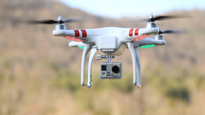DJI Phantom Aerial UAV Drone Quadcopter Version 1.1.1 for GoPro Camera Hero 1 2 3 Hero3  Via: http://wraws.com/best-flying-camera-drone/