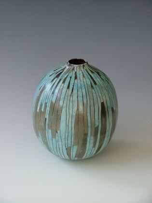 Cerámica de Nicola Richards en Studiopottery.co.uk - melón olla azul, producida en 2007.
