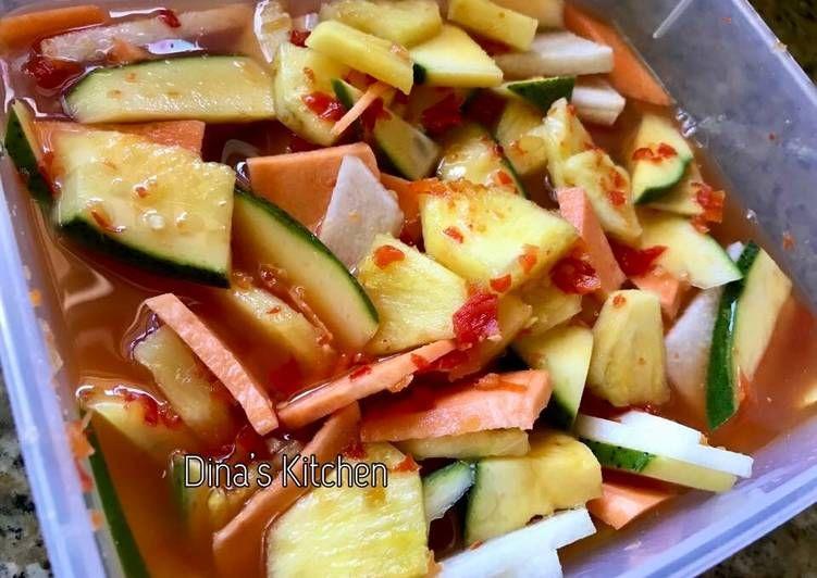 Resep Asinan Buah Pedas Oleh Dina S Kitchen Resep Resep Buah Ide Makanan