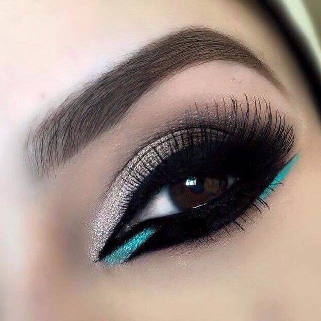 Porque nos pequenos detalhes podemos dar um ar de glamour e destaque para uma make. Ouse!!! #makeuplover #makeupartist #addicted #beauty ❤️