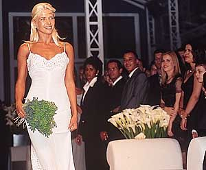Blog da Jú Bley: Vestidos que as Famosas escolheram para casar