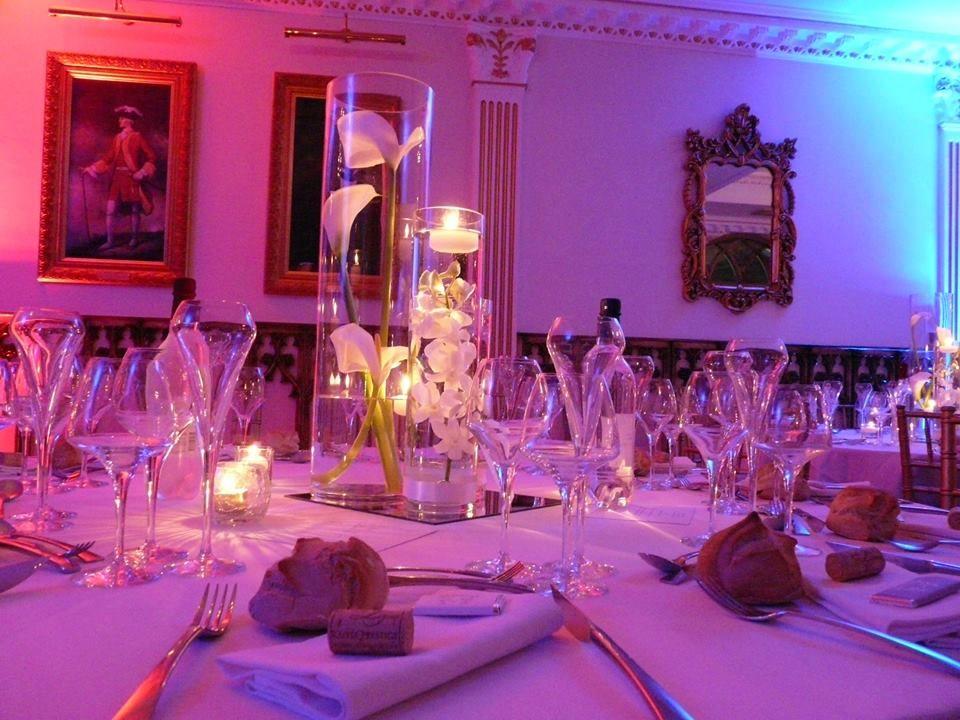grand vase arum et orchid es atelier d co 39 ps fleur mariage decorations of tables. Black Bedroom Furniture Sets. Home Design Ideas