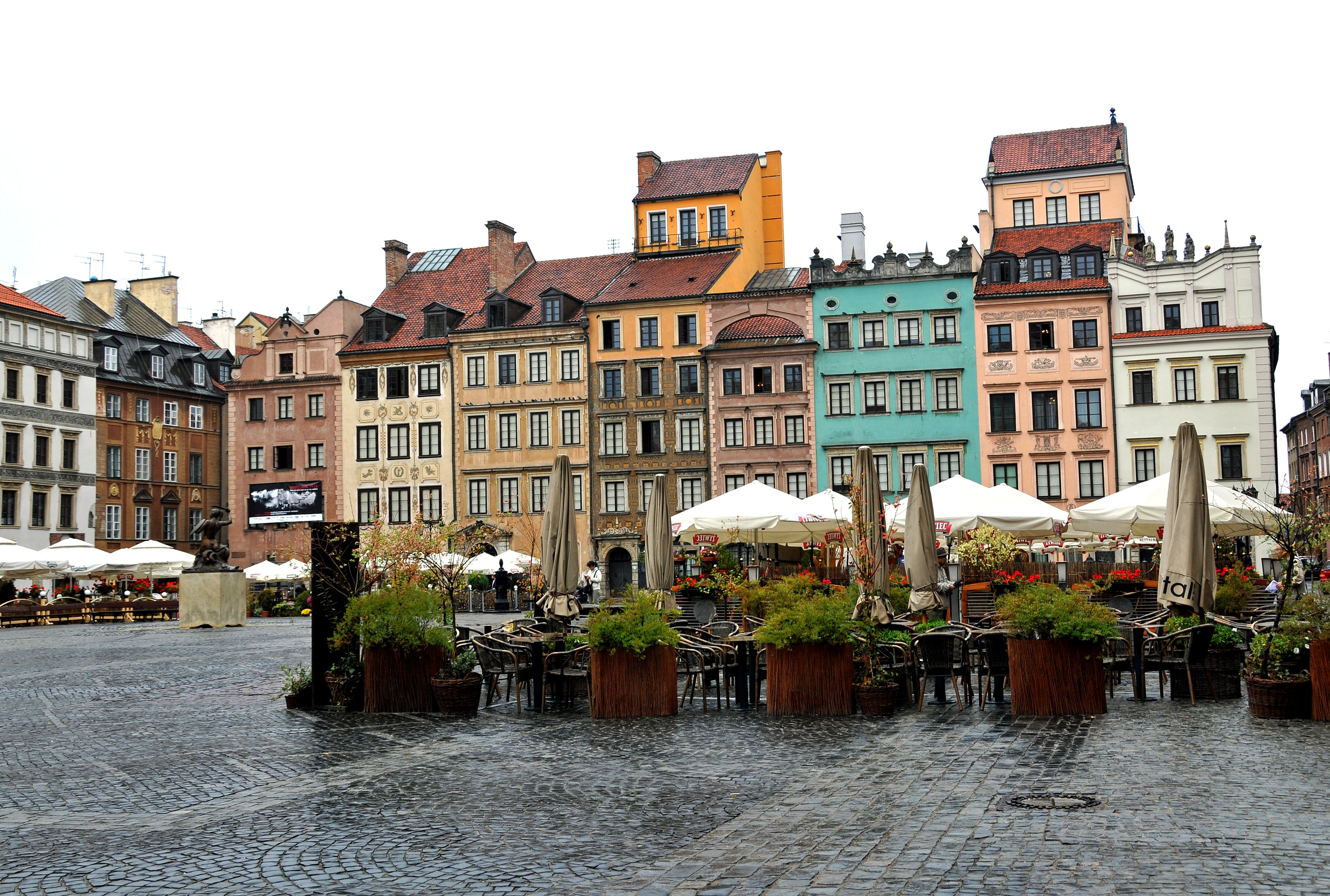 Warsaw_4198069910_386b5bf2bd_o.jpg (4338×2923)