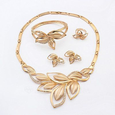 Jewelry Sets Choker Necklaces Stud Earrings Charm Bracelets Midi Rings Ladies' Shining Alloy Rhinestone Fashion Jewelry & Watches