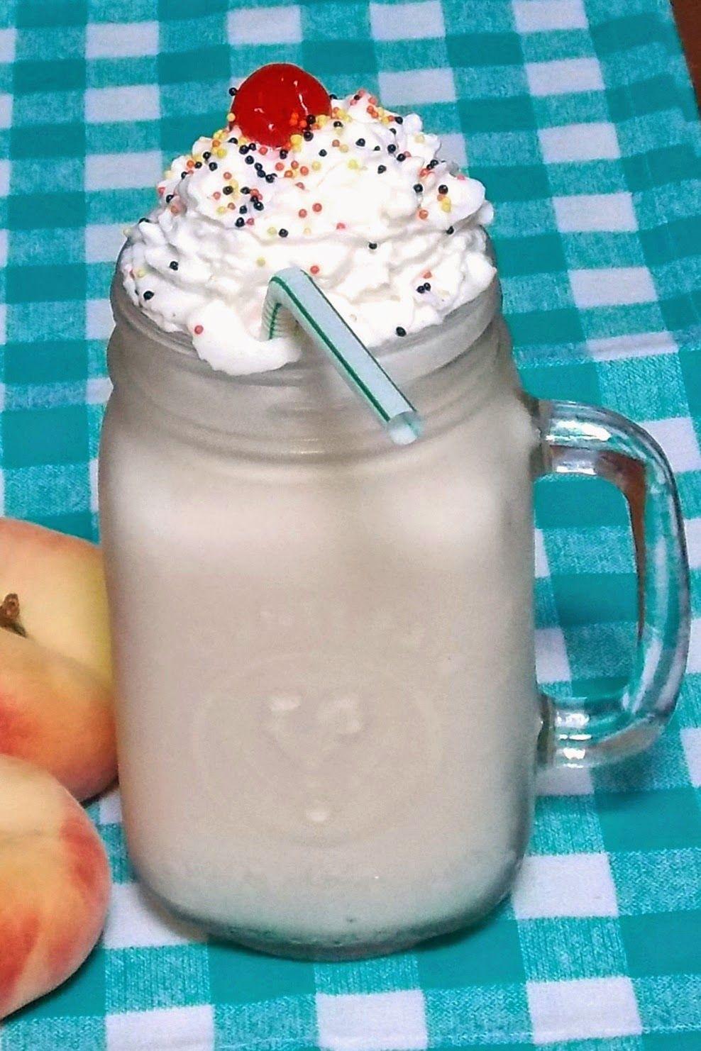 Kickin Peach Milkshake Peach Peachschnapps Milkshake Peach Milkshake Ice Cream Drinks Milkshake