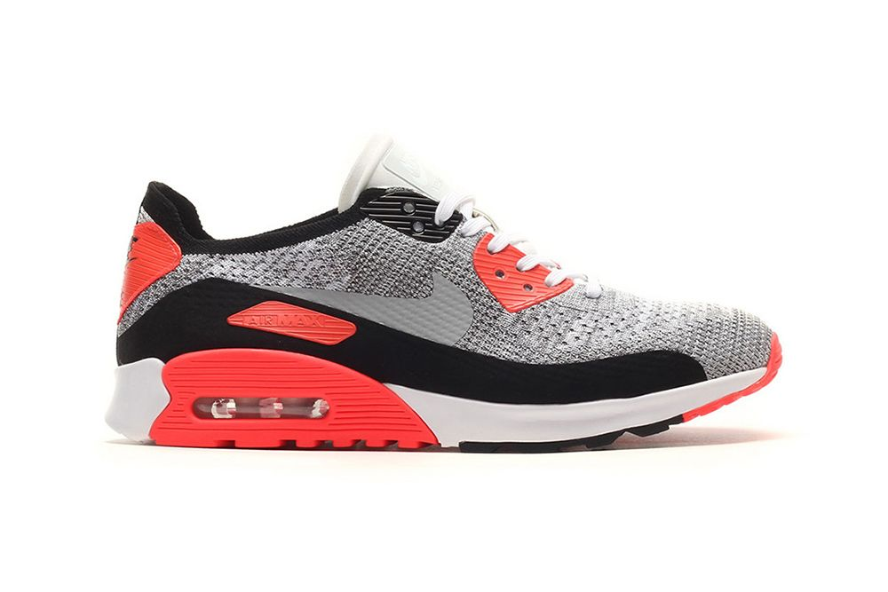 Nike Air Max 90 Flyknit Surfaces in OG