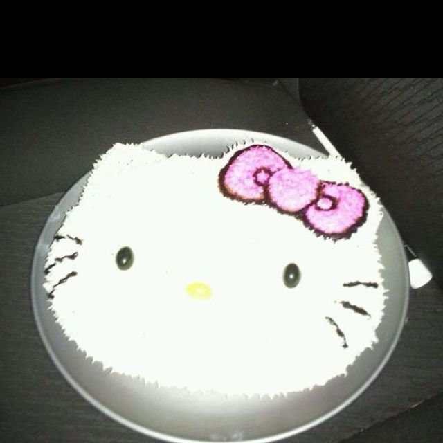 Hello Kitty Cake :]