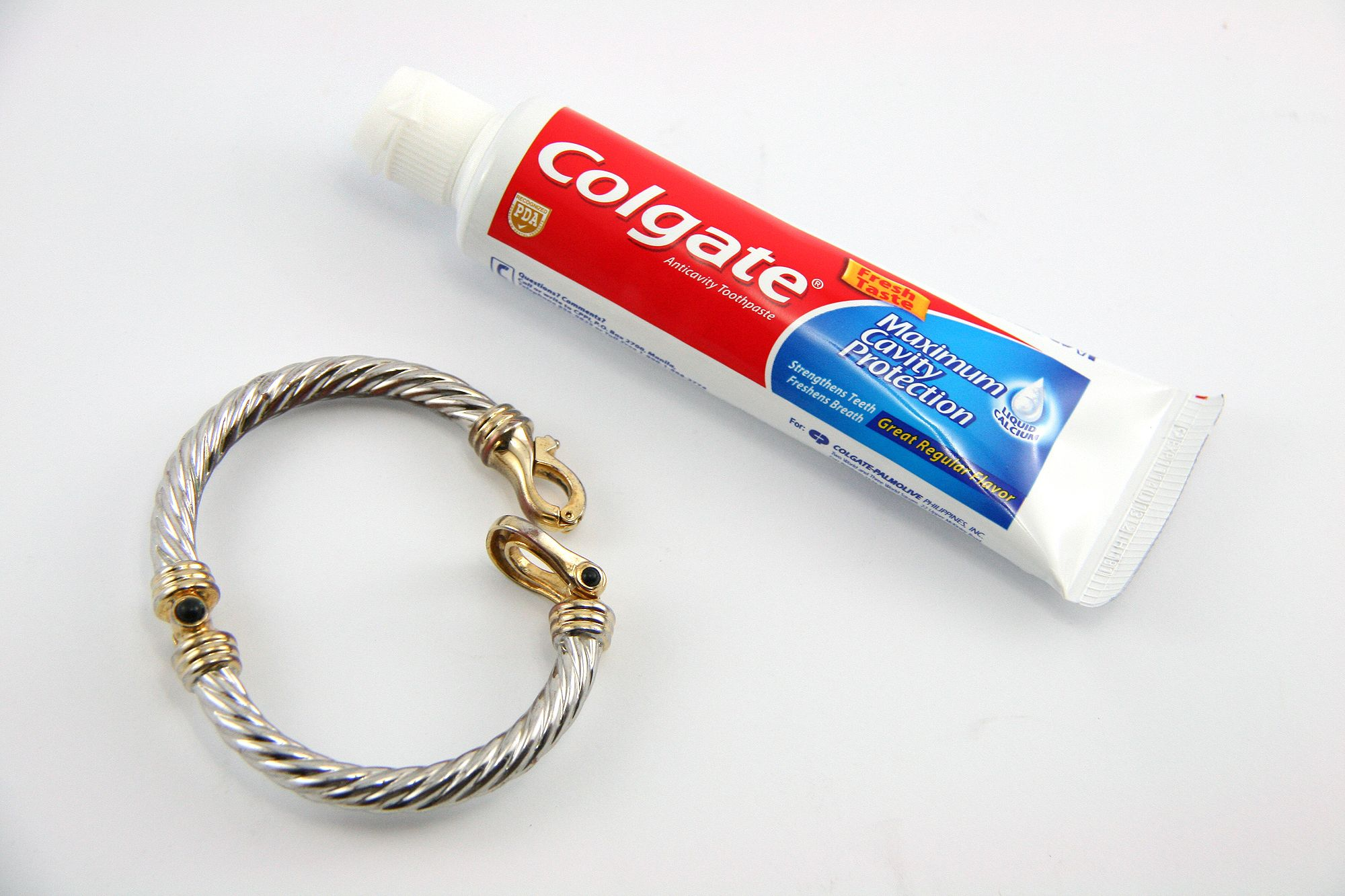 Polish Silver Toothpaste Method Polish Silver How To Clean