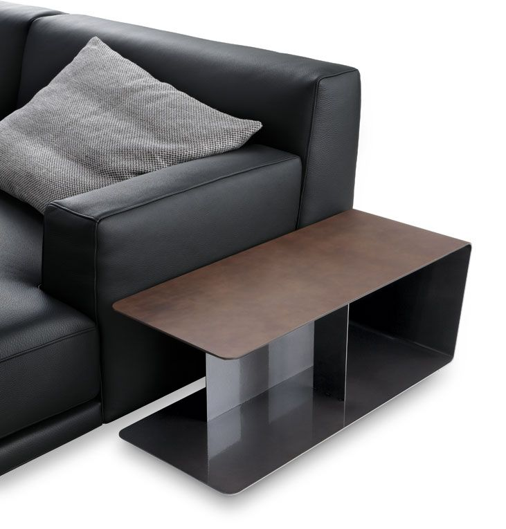 Epingle Par Celine Sur Mobilier Avec Images Table Basse En Cuir Mobilier Design Table De Salon