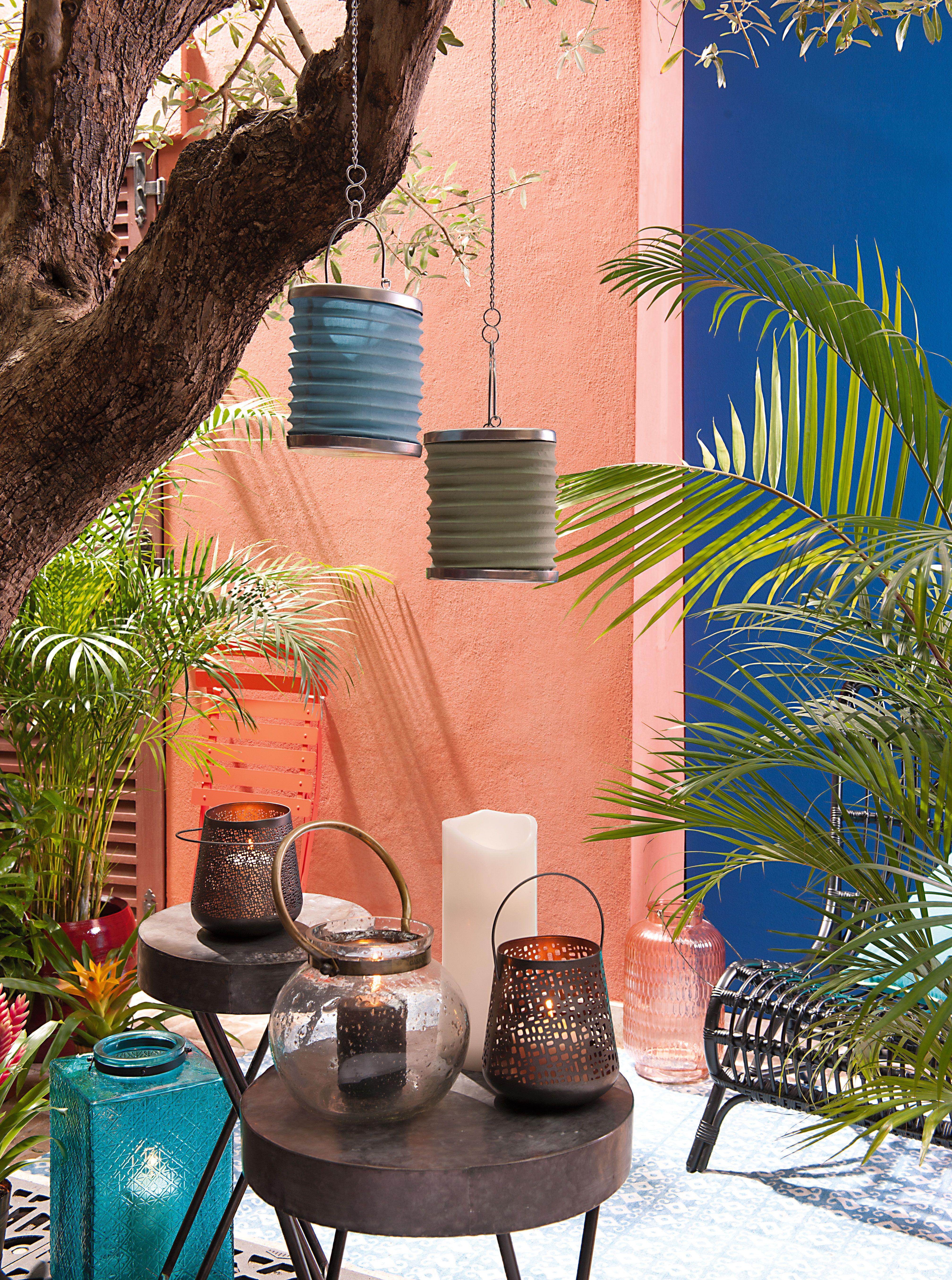 Habillez votre jardin de lanternes pour un d cor agr able for Decoration jardin lanterne