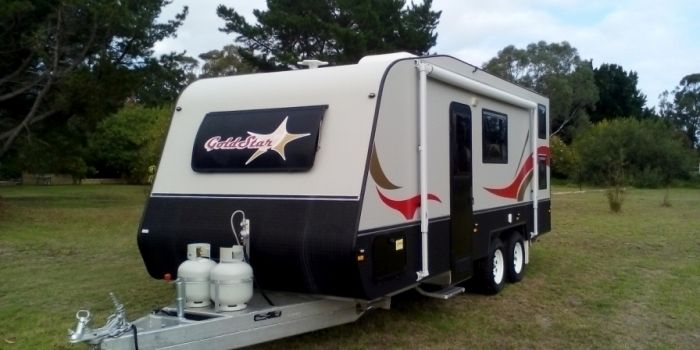 Caravans for Sale: Buy GoldStar RV at Factory-Direct Prices!