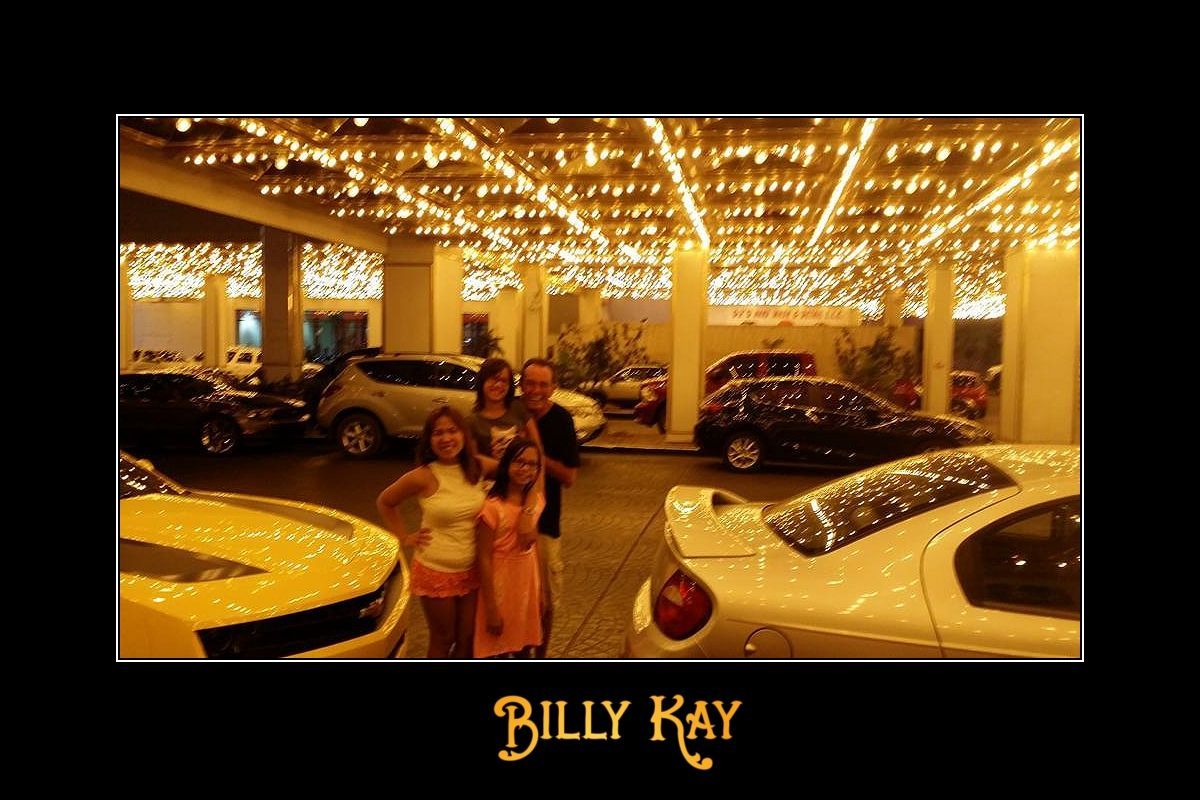 """Billy meeting his """"guest stars"""" at Riverside Resort in Laughlin, NV #WeDoLaughlinRight :)  Download Billy Kay on iTunes at https://itunes.apple.com/us/album/bellmore/id722898949?uo=4&at=11l5Ku  All My Best, Billy Kay"""