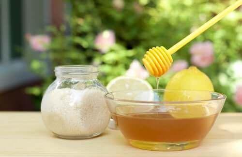 Cele mai bune remedii naturale pentru papiloame