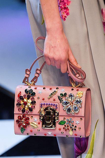 Gerelateerde Afbeelding Dolce And Gabbana 2017 Handbags Balenciaga Givenchy