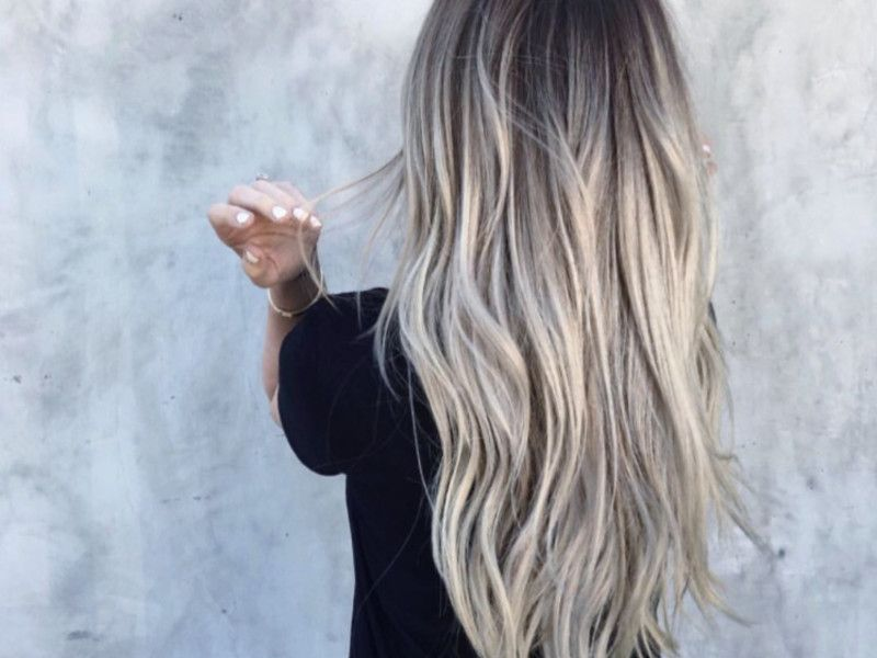 Aschblond Balayage Der Haartrend Auf Pinterest L O C K S