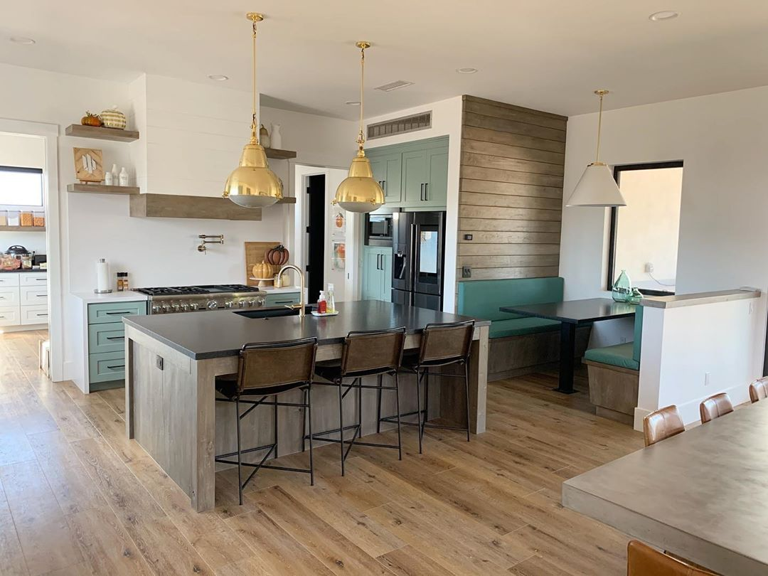 Higgins Home Becky Higgins On Instagram In Designing Our Home Landscaping We Always Knew We Wanted To Design A Space That Was Design A Space Home Kitchen
