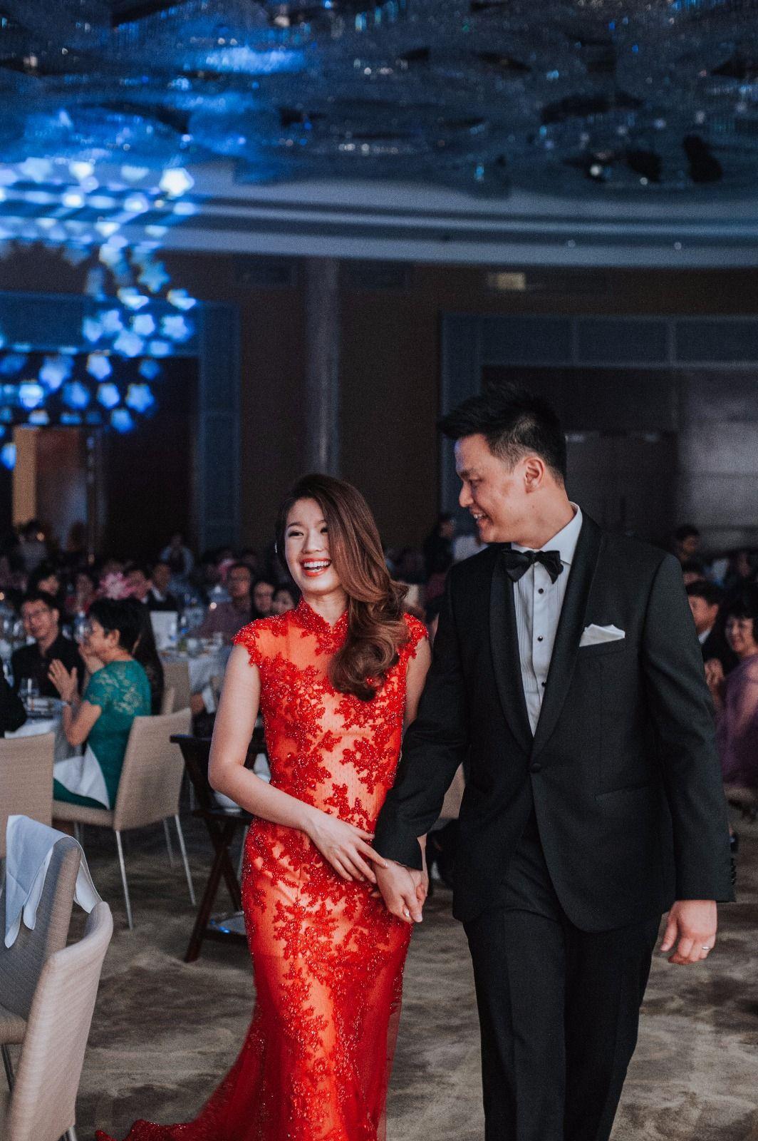 Celest Thoi Bespoke Cheongsam Qipao With Hand Beading Contact Us At Whatapps 6013 524 0026 Chinese Wedding Dress Long Train Wedding Dress Qipao Wedding [ 1600 x 1064 Pixel ]