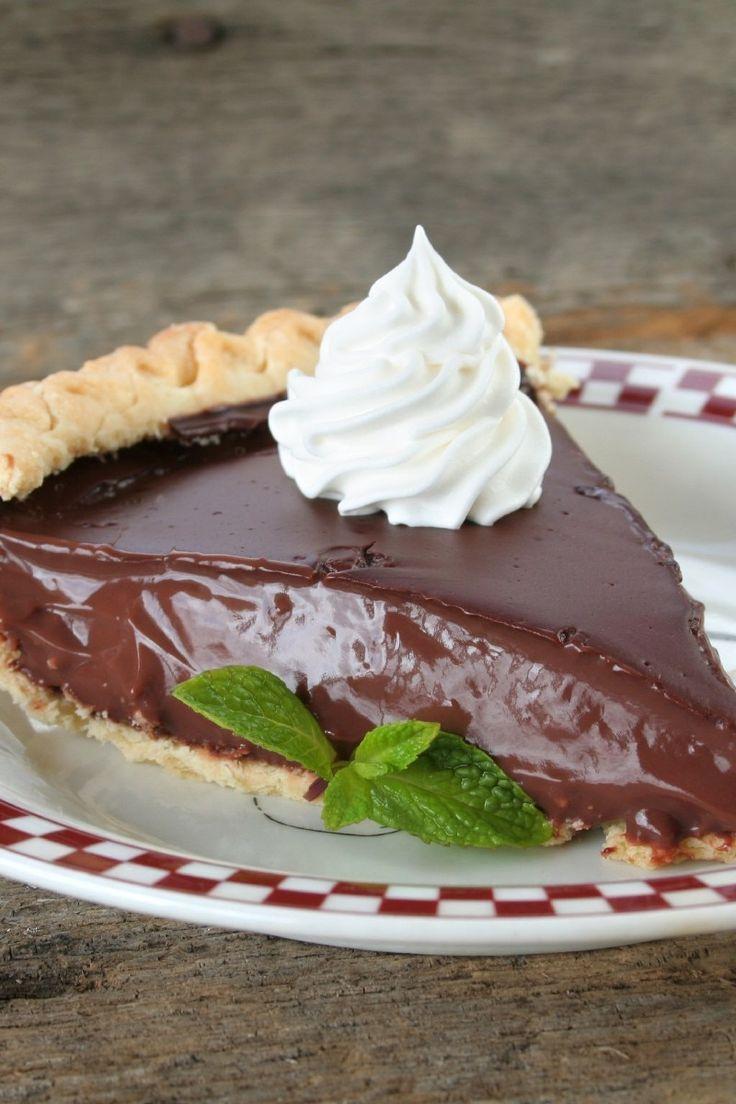 Food Photography - Homemade Chocolate Cream Pie Dessert Recipe Food Photography - Homemade Chocolat