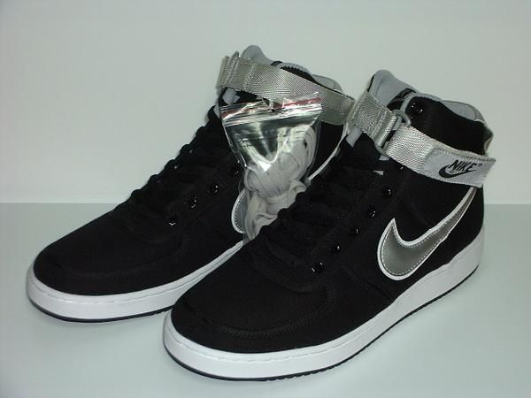 9df790d7af6e Nike Vandals Kyle Reese. I need a pair of these in my life. In case I need  to run from a terminator.