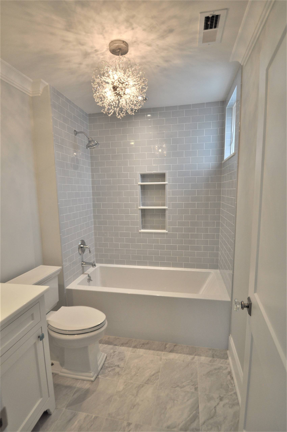 The Lalley Transitional Bathroom New York By Mauro Builders Bathroom Interior Design Small Bathroom Bathroom Design Small