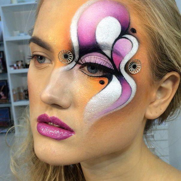 Maquillage Artistique, Regard, Fleur, Galerie De Maquillage, Maquillage  D\u0027exception, Grands Yeux, Art Du Visage, Maquillage Halloween, Art De La  Peinture