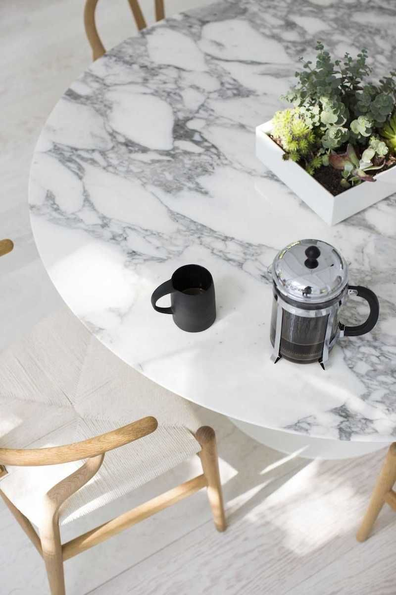 11 White Marble Dining Tables We Love Dining Table Marble Marble Dining Kitchen Table Settings
