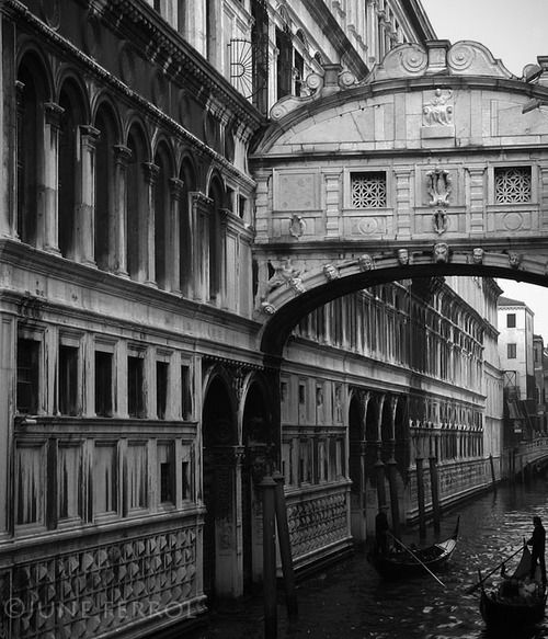 Art-and-Dream - self-xpression: BRIDGE OF SIGHS copyright ©JUNE...