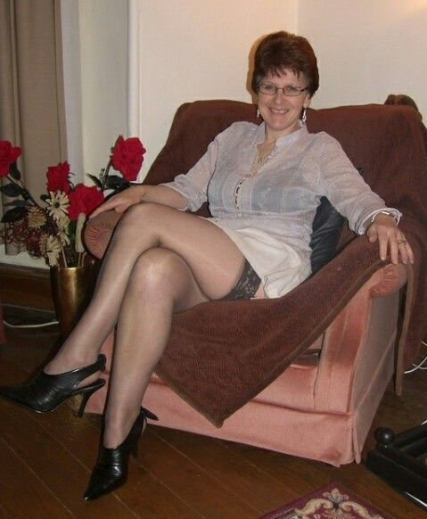 Pin On Sissy Adores Older Women-4627