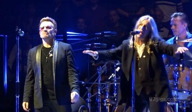 Durante su residencia de shows en Londres, U2 recibió a Patti Smith en el escenario