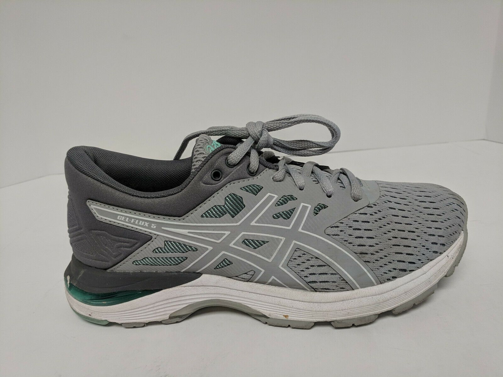 Asics Gel Flux 5 Running Shoes Mid Grey White Green Womens 6 5 Wide Asics Shoes For Women Ideas Of Asics S In 2020 Walking Shoes Women Asics Shoes Clearance Shoes